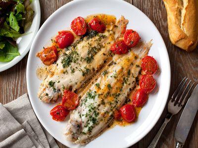 Рыба с белым столовым вином