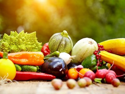 Глазированные молодые овощи со сливочным соусом